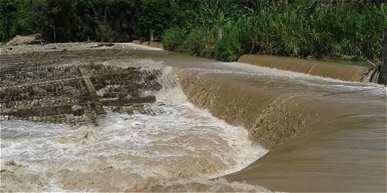 Creciente de río destruyó presa de riego del Espinal, Guamo y Flandes