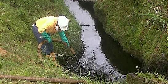 Tibú se quedó sin agua tras ataque de las Farc a oleoducto Caño Limón