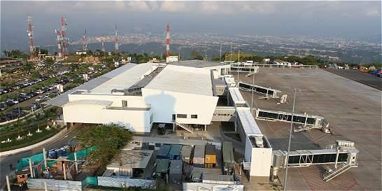 Cae otro extranjero con coca en el aeropuerto de Bucaramanga