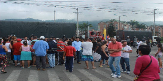 Clamaron nuevamente por un puente peatonal en Dosquebradas, Risaralda