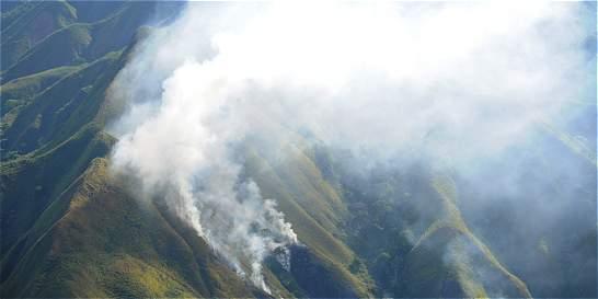 Incendios forestales arrasaron unas 8.000 hectáreas en Tolima y Huila
