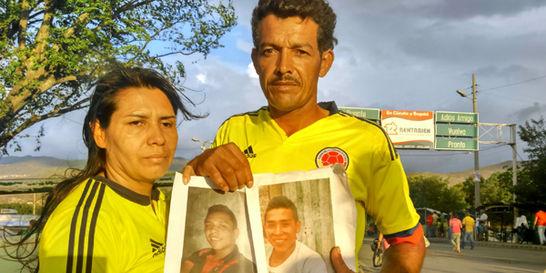 Habla madre de joven capturado en la frontera acusado de paramilitar