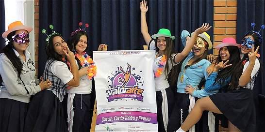Concurso de talentos para prevenir consumo de narcóticos