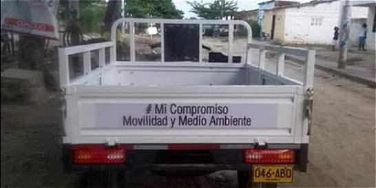 Ofrecen en internet motocarro que Distrito le dio a carretero