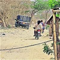 Los caminos de tierra y sol de los wayú