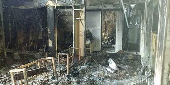 Saquearon y quemaron sede de Electricaribe en Magangué