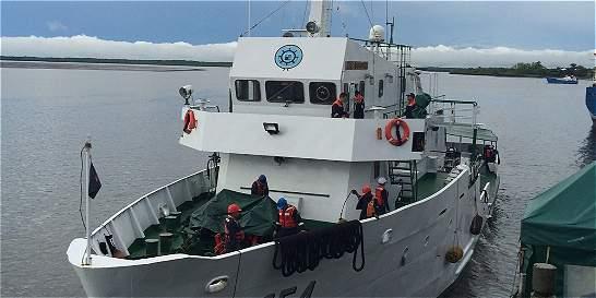 Buque Gorgona monitorea el cambio de temperatura en el océano Pacífico