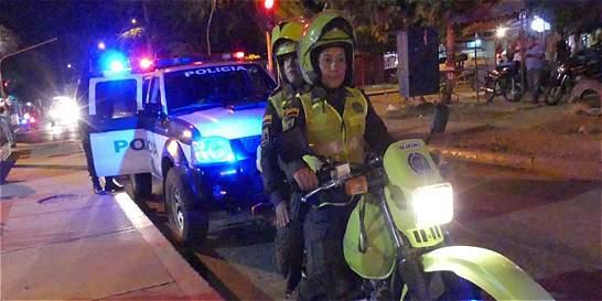 Escuadrón de mujeres vigila en Santa Marta