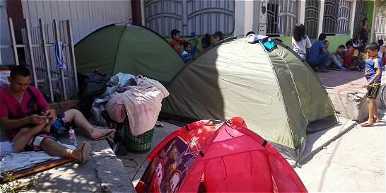 Deportados están durmiendo en una calle de Cúcuta
