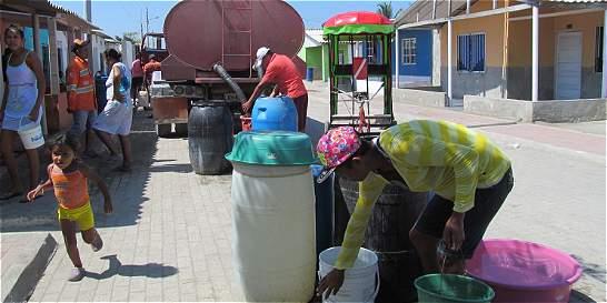 En Tasajera inauguran acueducto, pero solo hay agua una hora