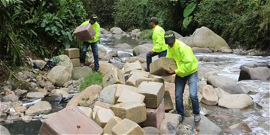 Escondían 720 kilos de marihuana en una caverna en Manizales