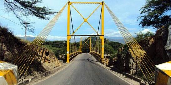 Puente que une la Costa y Norte de Santander, en riesgo de colapsar