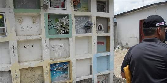 Exhuman cadáveres de guerrilleros y víctimas del conflicto en Huila