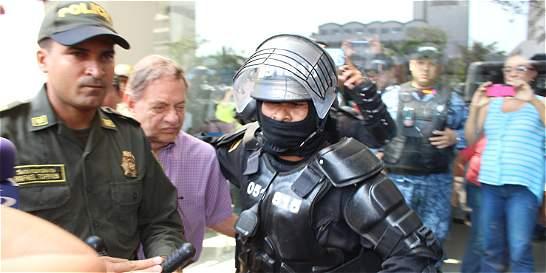 Excónsul Alberto Iglesias es enviado a la cárcel por abuso de menores