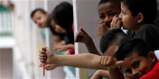 Ministerio y Manizales acordaron 44 docentes nuevos para jornada única