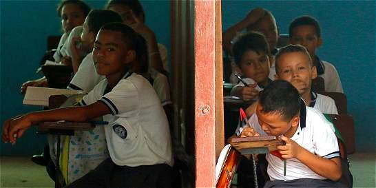 Caso de alumnos fantasma enreda a exalcalde de Buenaventura