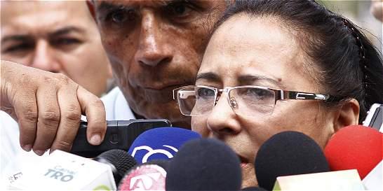 'Que les den la libertad y les respeten la vida': madre de periodista
