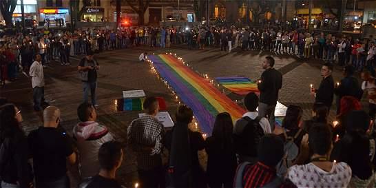 Comunidades LGBTI del país marchan para rechazar masacre de Orlando