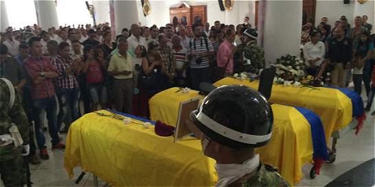 Último adiós en Ibagué a 3 militares muertos en accidente aéreo