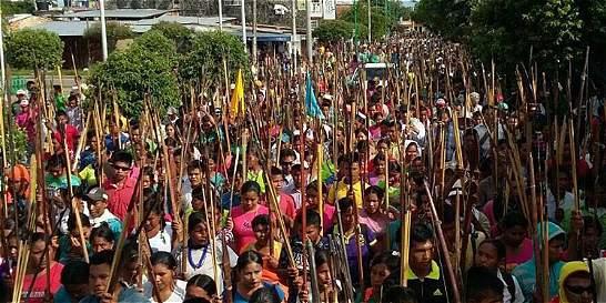 Con panfletos, 'paras' amenazan a periodistas e indígenas en Cauca