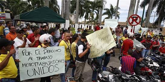 El mototaxismo se desbordó en Bucaramanga
