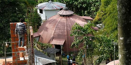 Una casa redonda para 'desconectar' turistas