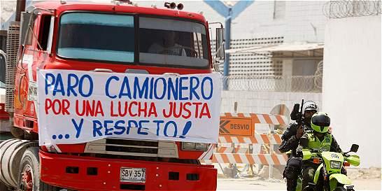 Por paro camionero modifican rutas de buses de Bucaramanga a Bogotá