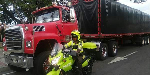 'Como padre de familia pido que me devuelvan el carro': camionero