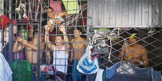 Se agudiza hacinamiento en estaciones de Policía en Bucaramanga
