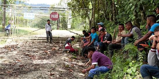 Hay riesgo de explosión en planta de gas tomada por indígenas U'wa