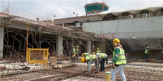 Cierran operaciones nocturnas en el aeropuerto de Santa Marta