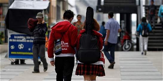 1.800 niños y jóvenes se graduaron de antidrogas en Manizales