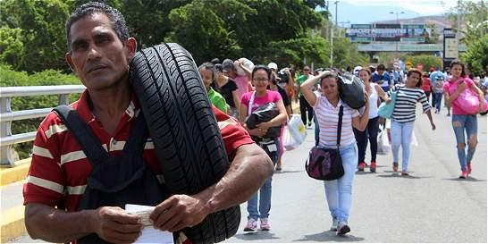 En dos días, 148.000 personas transitaron en frontera con Venezuela