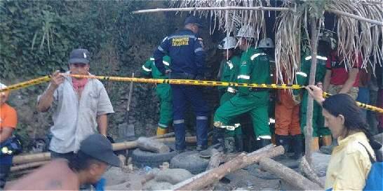 Recuperan cuerpo de hombre que murió en una mina ilegal en Caldas