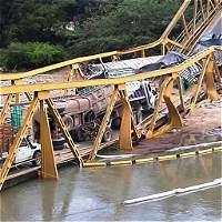 Habilitarán paso por lecho de río, tras caída de puente en vía a Yopal