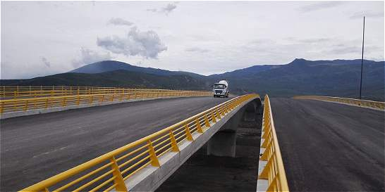 El martes se habilitará paso de carga pesada por la frontera