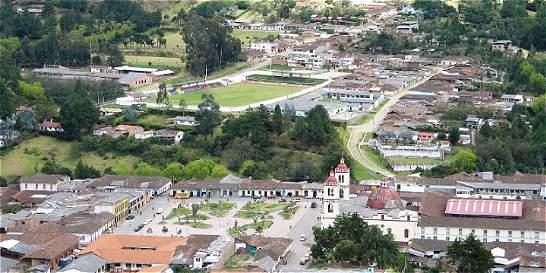 Tres hombres fueron asesinados en zona rural de Silvia, en Cauca