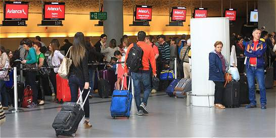 Avianca cancela vuelos a Santa Marta por paso del huracán Matthew