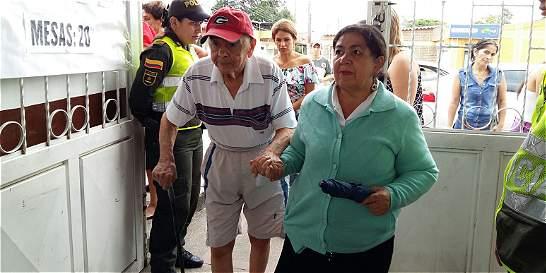 A sus 96 años, Gilberto Arboleda salió a votar por el 'Sí'