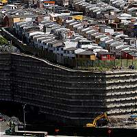 Las casas que sufren por la obra del Mall