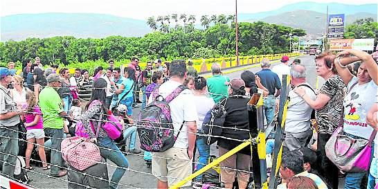 11 millones de venezolanos atravesaron la frontera desde la reapertura