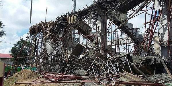 Se desplomó tribuna que estaba en construcción en estadio de Montería