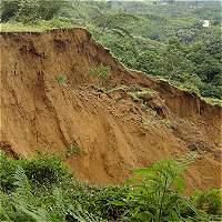 Deslizamiento bloqueó la vía que va de Risaralda al Chocó