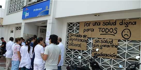 Médicos de Cafesalud en el Eje, en paro por falta de pago