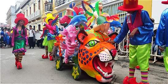 Duendes y animales desfilaron en el Carnavalito de Pasto