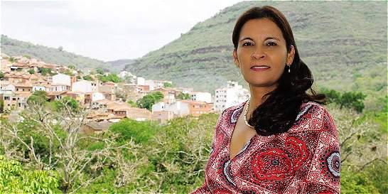 Confirman cárcel contra directora de Corporación Autónoma de Santander