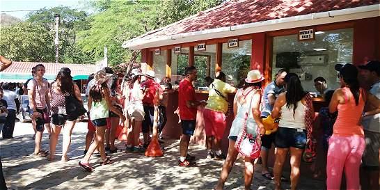 Recurren a la preventa para control de turistas en el Tayrona