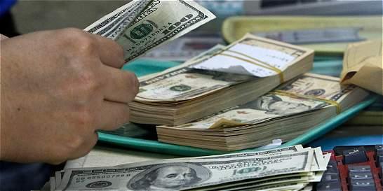 Hombre ingirió 9.600 dólares para ingresarlos ilegalmente a Colombia