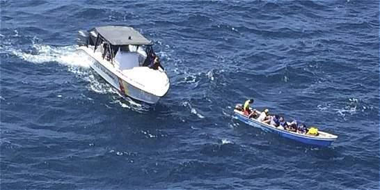 Reportan tres naufragios en Chocó y Antioquia