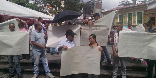 Protesta por irregularidades en empresa de acueducto de Calarcá